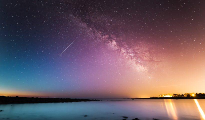 Schöne Erinnerungen, funkelnde Sterne in der Nacht
